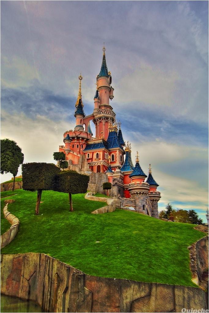 Chateau_Disneyland_HDR_1024