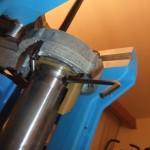 Photo 7 : Vis de blocage de la vis de fixation du Shell plate